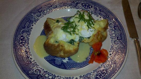Garden Wall Inn: breakfast at The Garden Wall Inn
