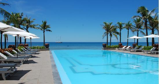 Sun Spa Resort Quang Binh Vietnam: Swimming Pool