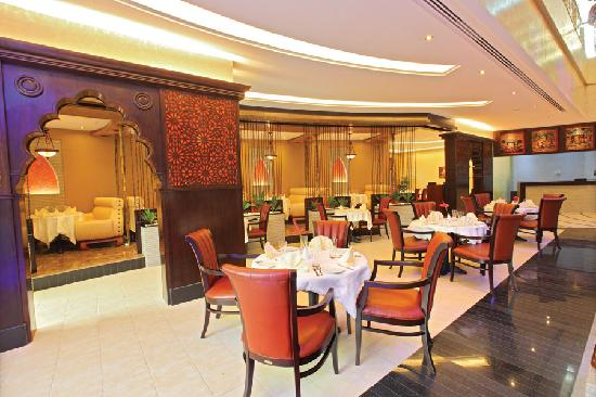The Royale Gardens Hotel & Resorts : AGNI- Indian Restaurant