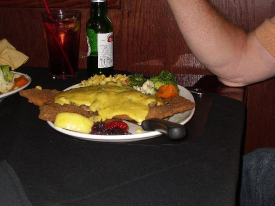 Frank's Steak & Schnitzel Haus: Pork schnitzel