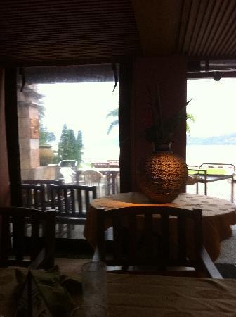 โรงแรมซีวีว ป่าตอง: View from bar