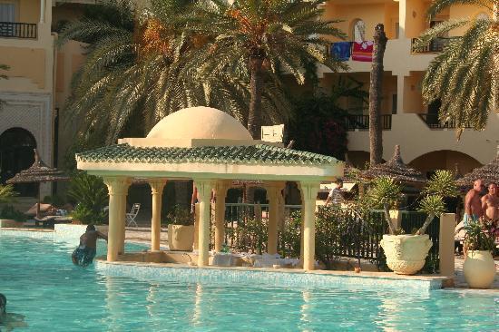 Hotel Almaz: Piscine
