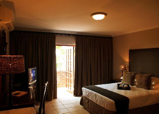 Edelweiss Corporate Guest House: Each room has its own theme