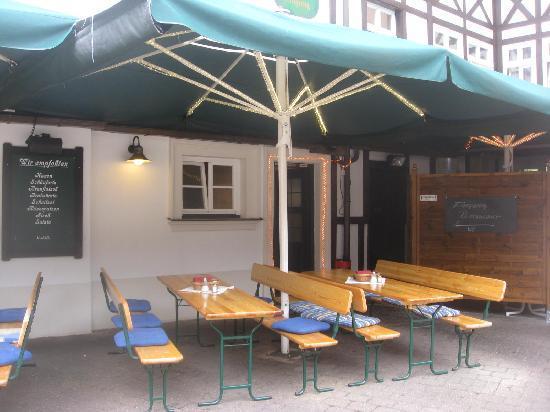 Alt Ringlein: Outdoor dining