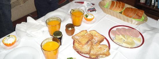 Oriades: Breakfast