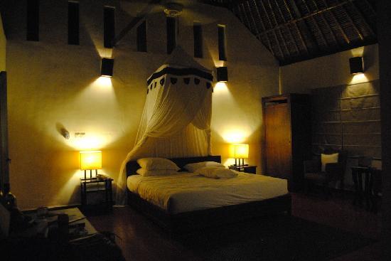 Villa Indah: Bed room. Standard Villa.