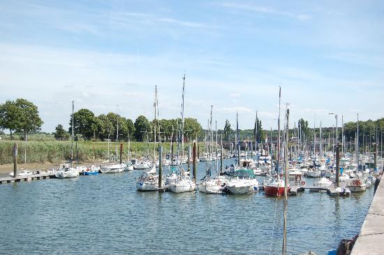 Сен-Валери-сюр-Сомме, Франция: Le port de Saint-Valery-sur-Somme, par somme-tourisme