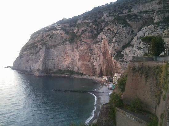 Villa Sorrento: Spiaggia marina di Meta lato Alimuri