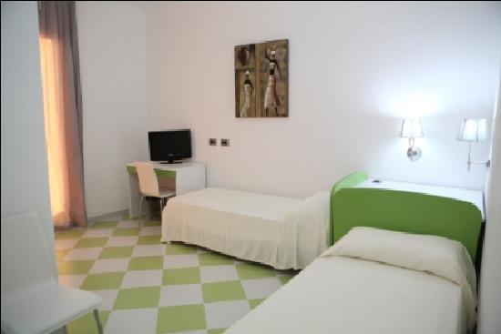 Letti Singoli Di Design.Camera Verde Due Letti Singoli Picture Of Bed And Breakfast
