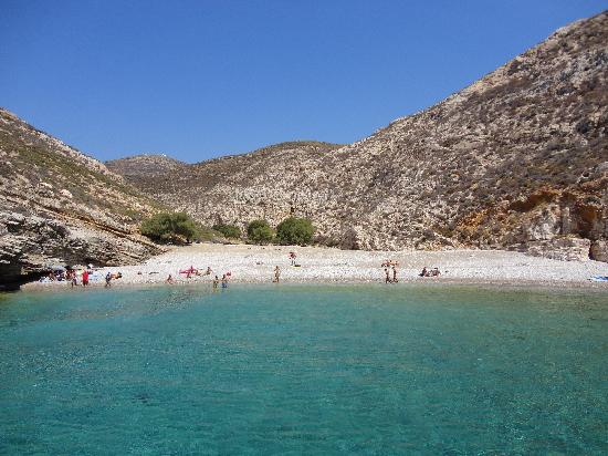 Livadaki beach - Picture of Sottovento Boat Tours, Chora ...