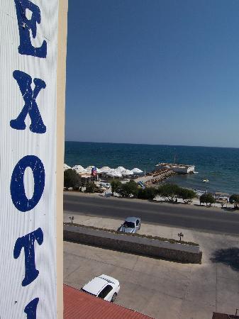 Exotic Hotel, North Cyprus: Vista sul mare