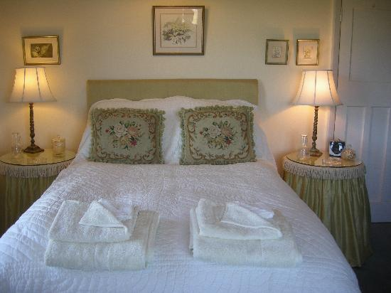 Mariners Lodge: Gold Bedroom