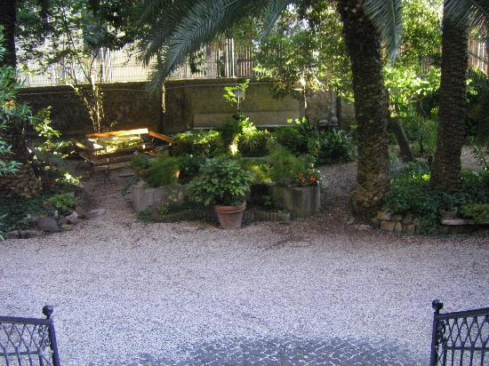 Das Gastehaus des Deutschen: Garden