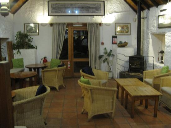 Cairndow Oyster Bar & Restaurant: inside