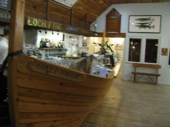 Cairndow Oyster Bar & Restaurant: unusual bar