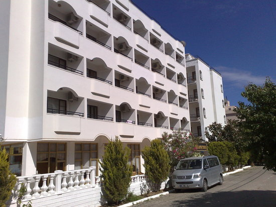 Photo of Altinersan Hotel Altinkum