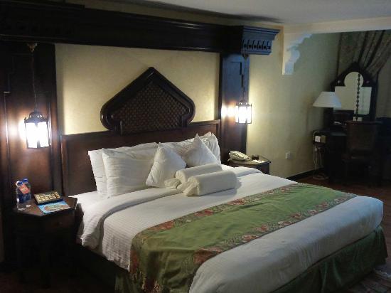 โรงแรมอาราเบียน คอร์ทยาดแอนดด์สปา: Another view of our room.