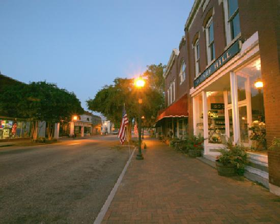 Historic Main Street In Downtown Smithfield