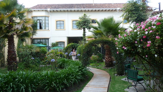 Mansion Alcazar Boutique Hotel: Gartenansicht