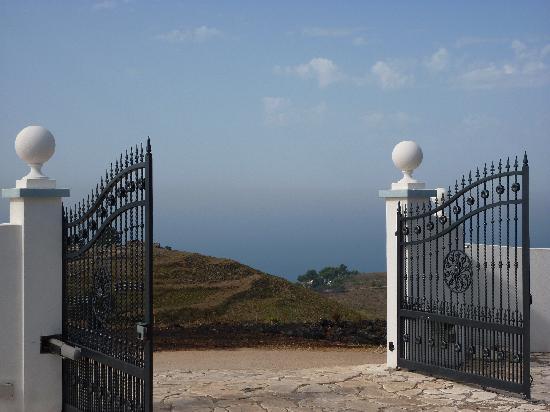 Panorama da casa mediterranea foto di casamediterranea for Moderni piani di casa mediterranea
