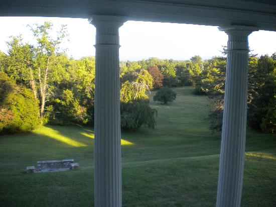 Rosemont Manor: Another view from balcony