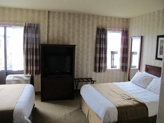 Ramada St. John's : interno mini appartamento letti doppi