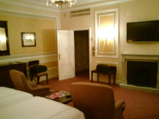 Hotel Maria Cristina, a Luxury Collection Hotel, San Sebastian: Our room