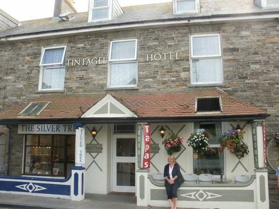 ‪Tintagel Arms Hotel‬