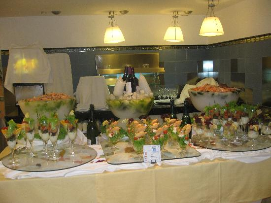 Invisa Hotel La Cala : An example of one of the starters on offer