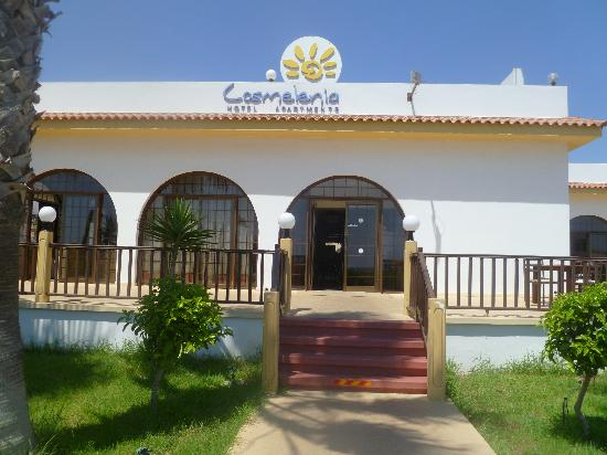 Cosmelenia Hotel Apartments: The front of the Cosmelenia Hotel Apt
