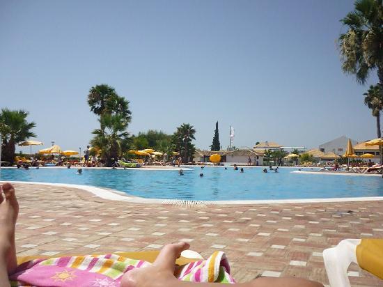Golden Clube Cabanas : la piscine principal