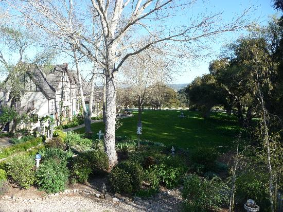 Orchard Hill Farm Bed & Breakfast: The property