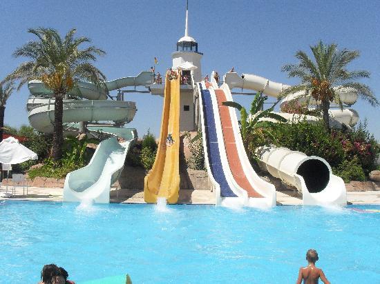 Titanic Beach Lara Hotel: aquapark