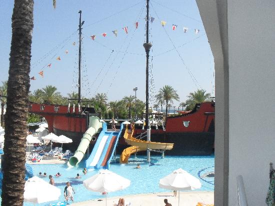 Titanic Beach Lara Hotel: kids pool
