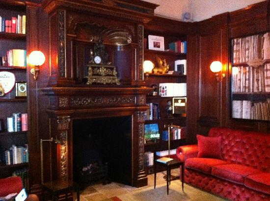 Hotel L'Orologio: The lounge area