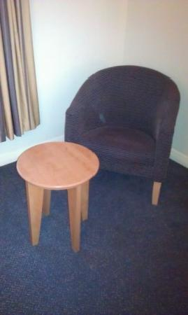 Premier Inn Nottingham City Centre (Goldsmith Street) Hotel: Table & Chair