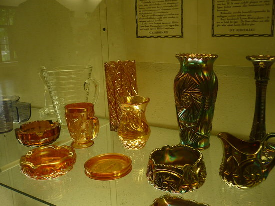 Suomen Lasimuseo (The Finnish Glass Museum): Some of the glass exhibits