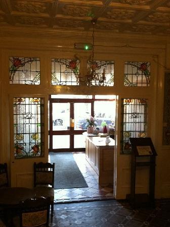 The Liston Hotel: Charming lobby