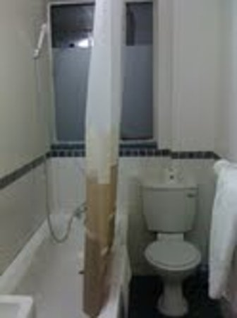 Once in Cape Town: Bathroom on 2nd floor