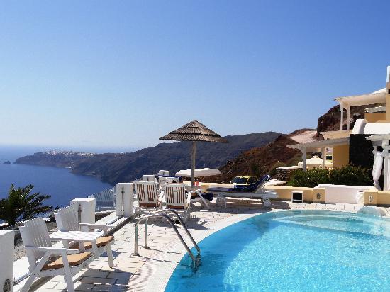 Santorini Princess: The Pool view