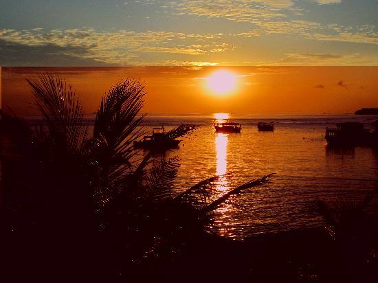 Holiday Inn Resort Kandooma Maldives : View from the terrace