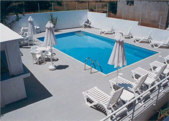 Anna Hotel: Pool