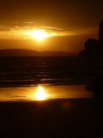 Railay Village Resort: plage le soir