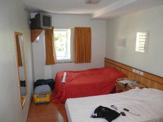 Scorial Rio Hotel: Visão do Quarto