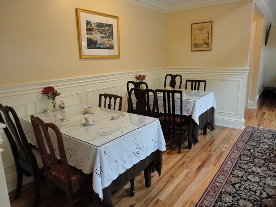 Heath's Tea Room: Dinning Room