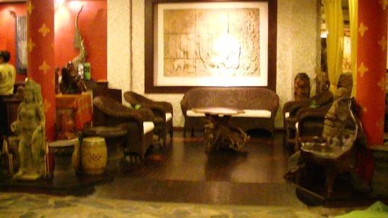 インター シティ ブティック ホテル, ホテルのロビーの様子