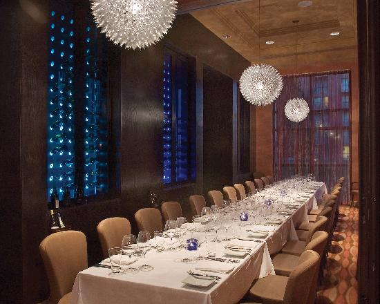Private dining room picture of todd english 39 s blue zoo for Best private dining rooms orlando