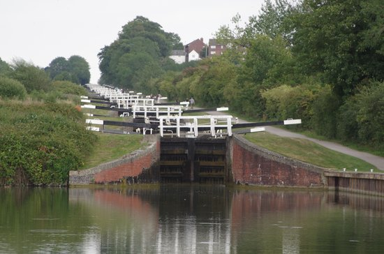 Девизес, UK: Step locks at Caen Hill, Devizes