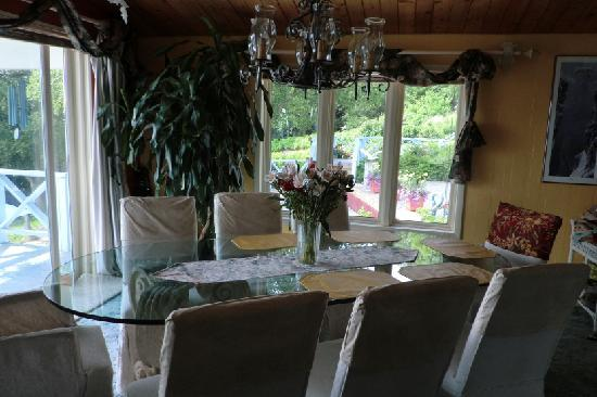 Halcyon Heights B&B / Inn: The dinning room