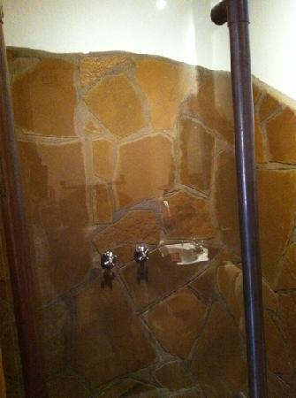 Hotel Pension A la Mer: Angolo doccia